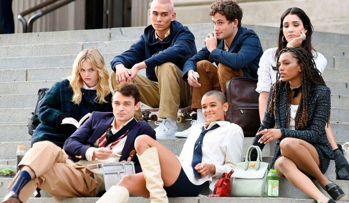 Gossip Girl is back with a remake from the brand new HBO Max.