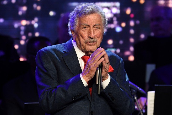 Tony Bennett, a singer with a unique voice, who always chose his repertoire.  AP Photo / Evan Agostini
