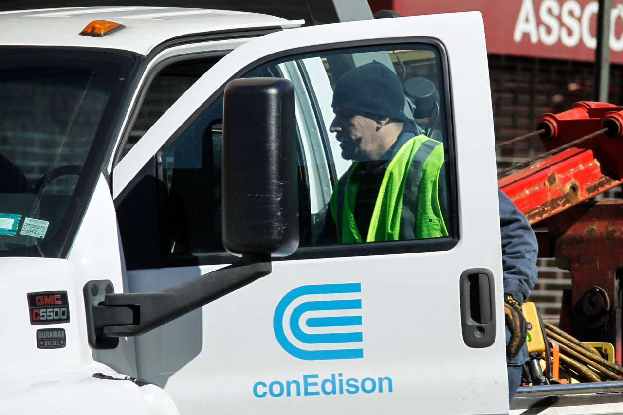 ConEd: Brooklyn customers should conserve power amid extreme heat, strain on grid