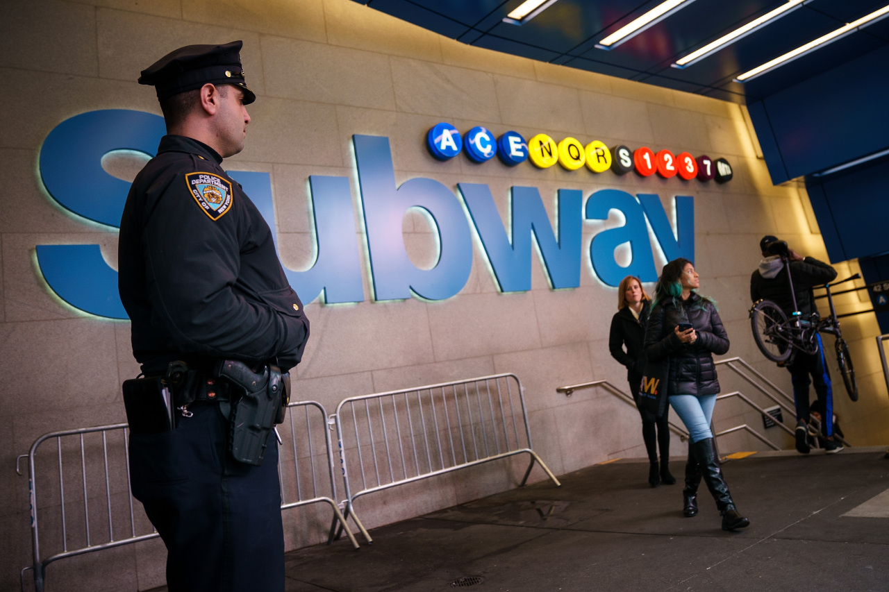 Man slashed in head inside Times Square subway station: officials