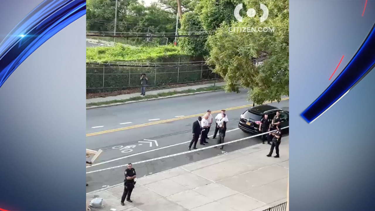 NYPD officer shot with BB gun in Staten Island: officials