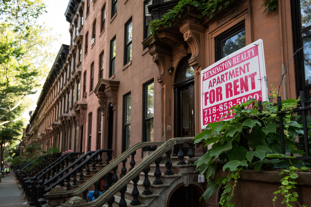Rent Guidelines Board approves rent increase for regulated apartments in NYC after vote
