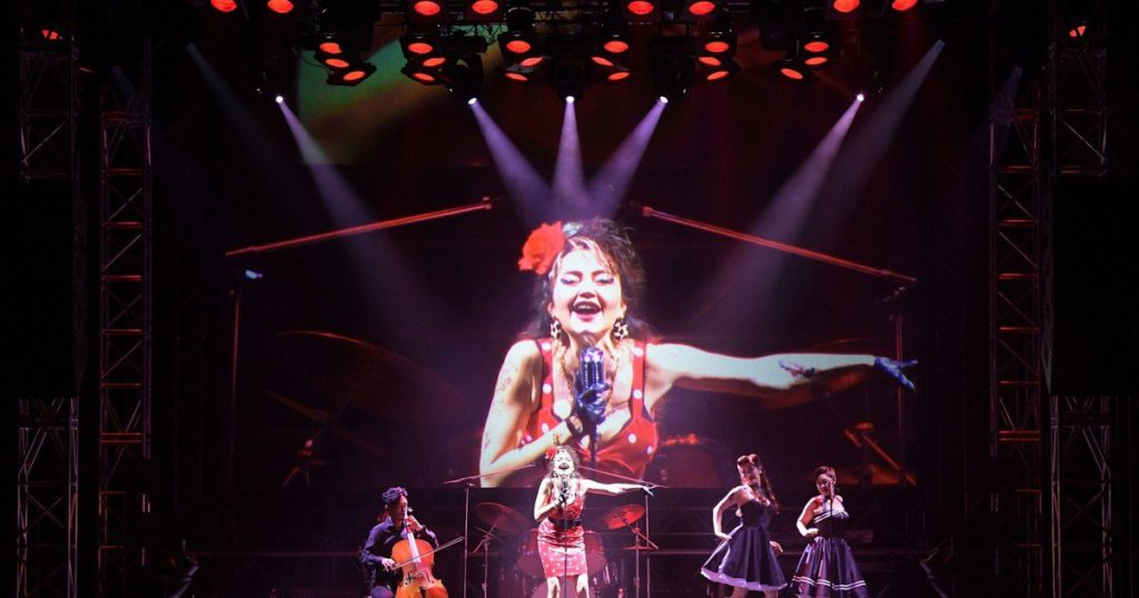 """Carmen or Amy Winehouse ?: they premiered a """"rock"""" version of Bizet's opera in Tokyo"""