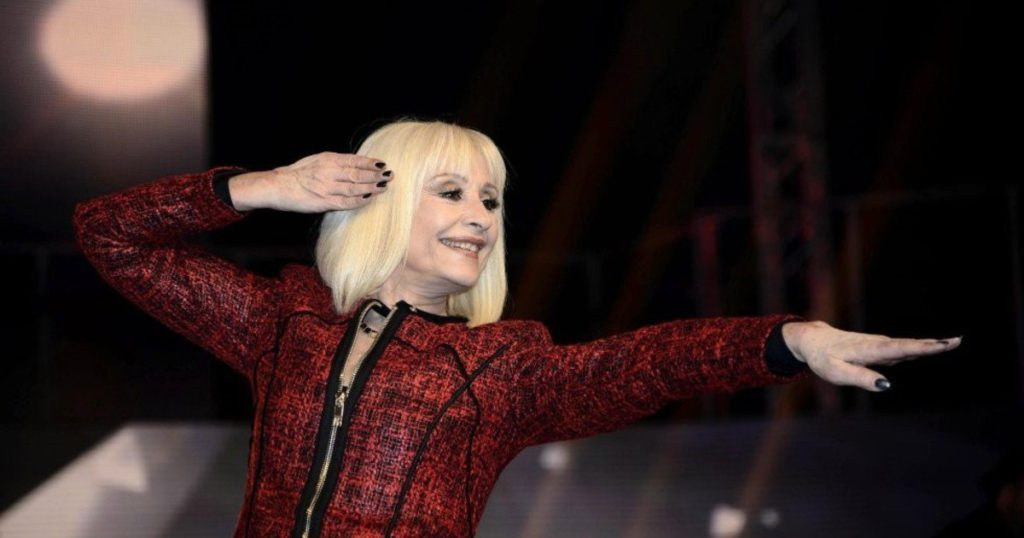 Italy continues to mourn Raffaella Carrá: the farewells of the media and artists