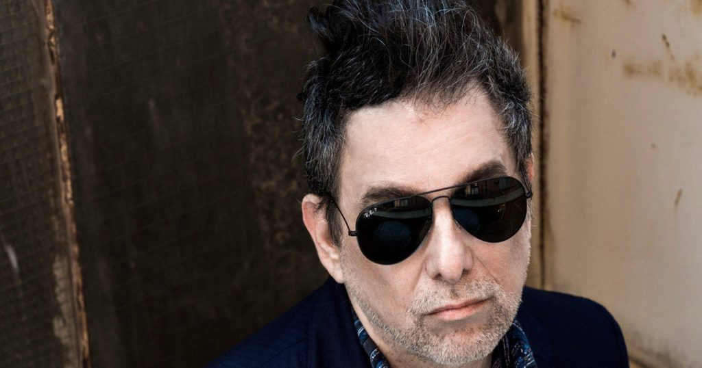 """Andrés Calamaro turns 60: """"musician and gentleman"""" of rock, he shies away from nostalgia and pays for transgression"""