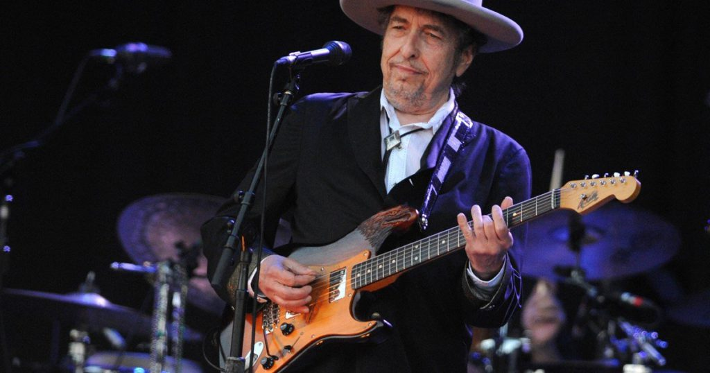 Lawsuit against Bob Dylan: he was accused of abusing a 12-year-old girl in 1965