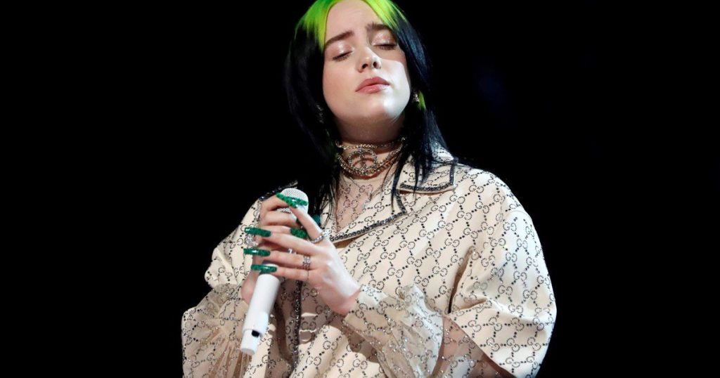 """Billie Eilish confessed that she is not happy with her body, with which she has a """"terrible"""" relationship"""