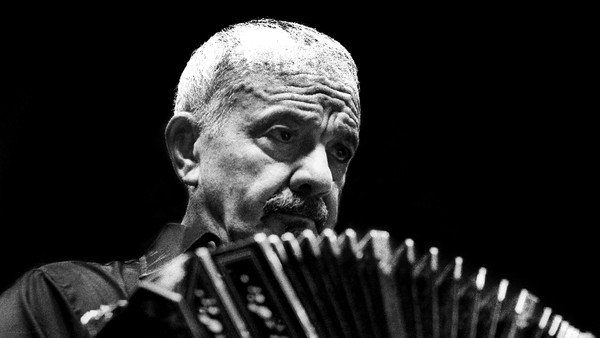 Piazzolla Experience arrives at the Konex, free, virtual and with the leadership of Lalo Mir