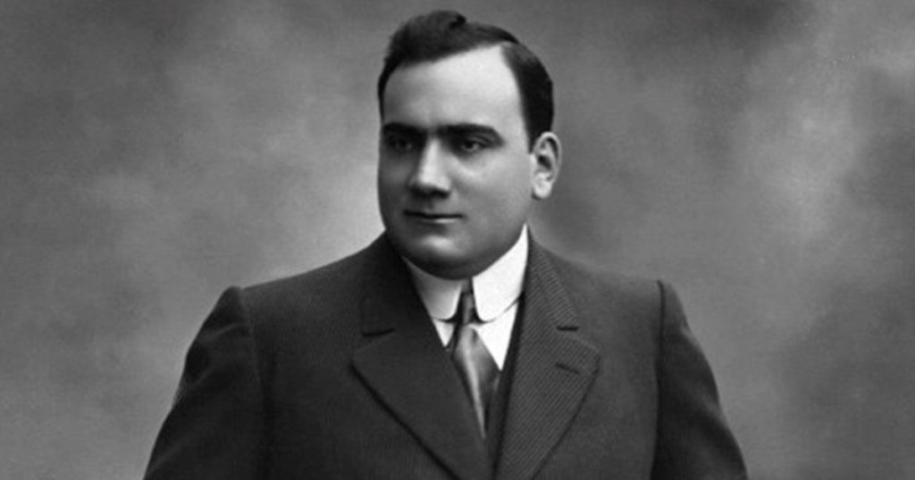 A hundred years ago the voice of the great tenor Enrico Caruso was extinguished forever