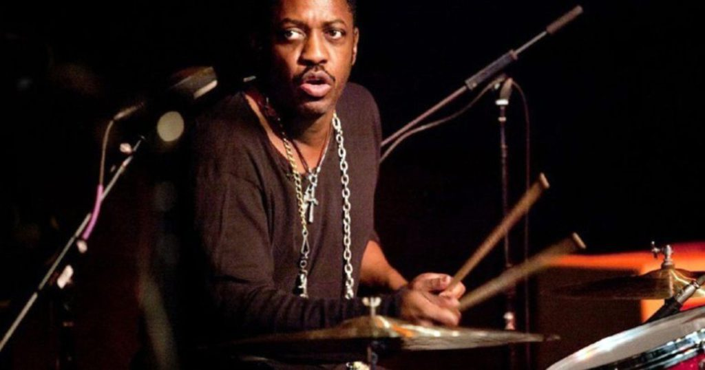 Steve Jordan, the drummer who replaces Charlie Watts on the Rolling Stones and played with Andrés Calamaro