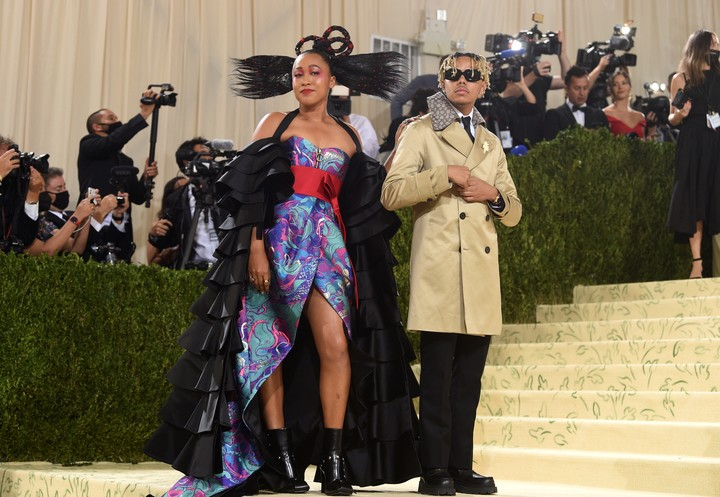 Naomi Osaka and rapper Cordae on the iconic steps of the Metropolitan Museum in New York (AP).