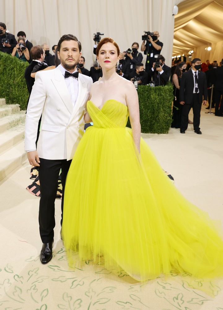 """Kit Harington and Rose Leslie, the """"Game of Thrones"""" actors who met on the show.  Mike Coppola / Getty Images / AFP"""
