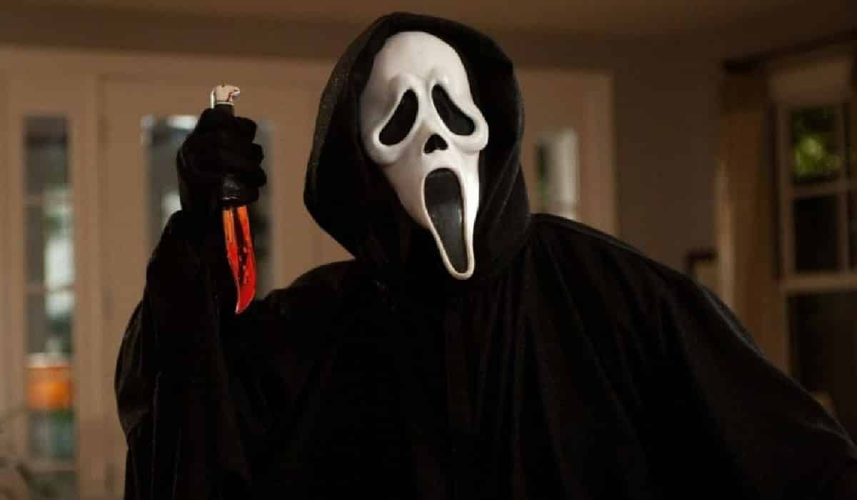 Bring your favorite horror character to life - scream 5
