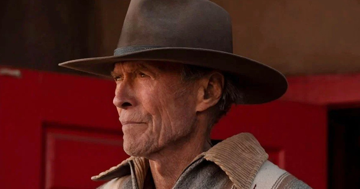 Cry Macho, by and with Clint Eastwood: males do cry
