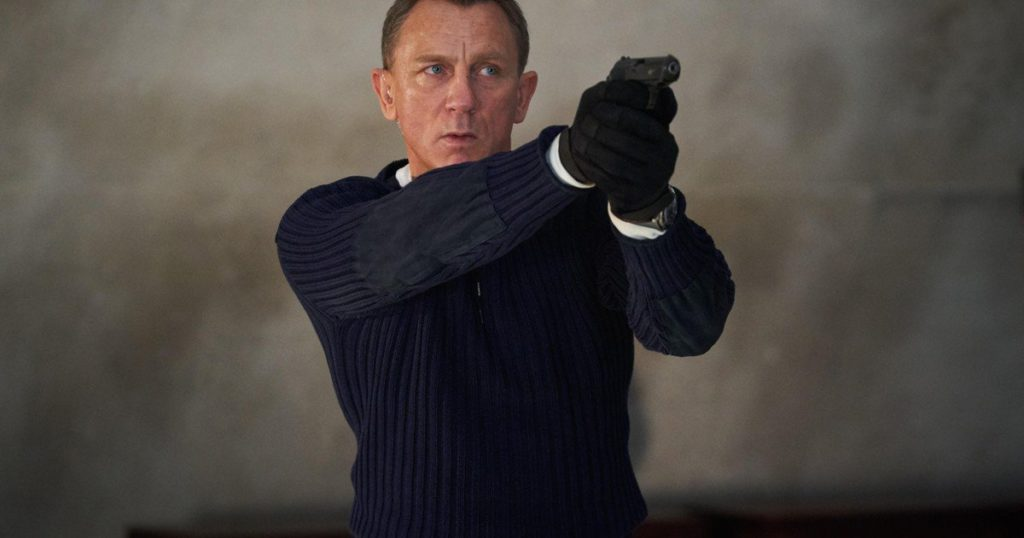 The new James Bond movie adds a new trailer: when it opens