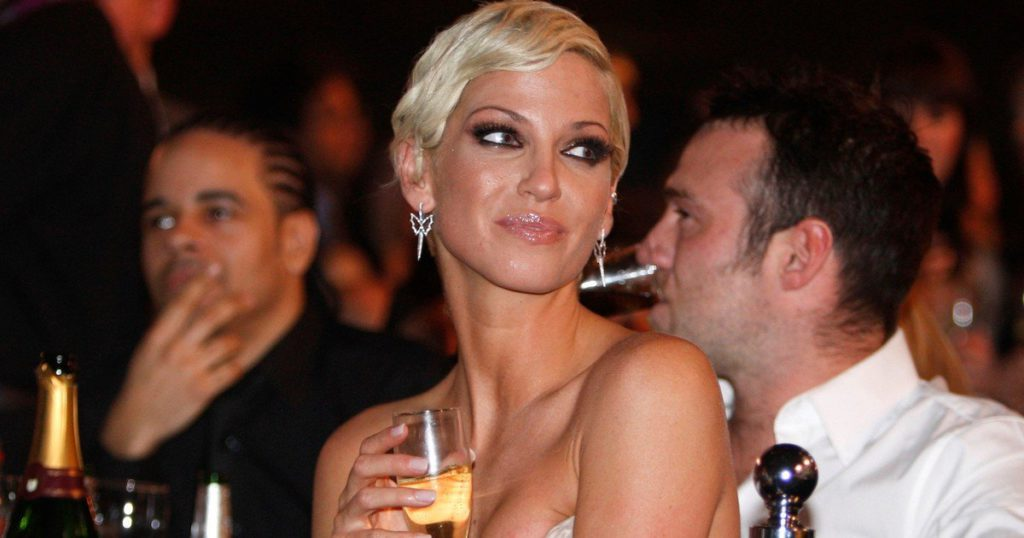 British singer Sarah Harding, a member of Girls Aloud, died at the age of 39