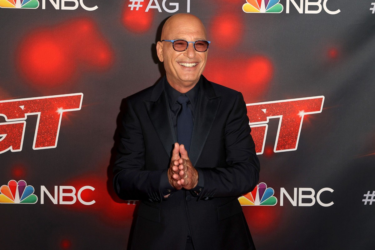 Howie Mandel rushed to hospital via ambulance after passing out at Starbucks