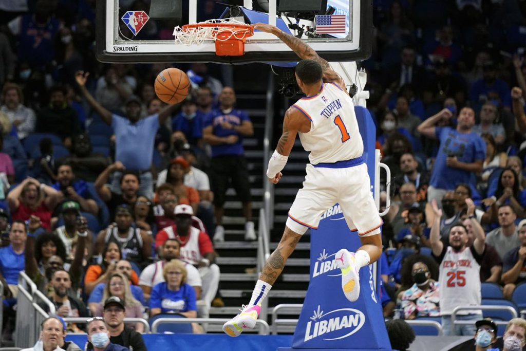 Knicks set franchise 3-pointer record, cruise to 121-96 win over Magic