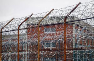 Rikers inmate bolts from guards, scales fence in escape attempt