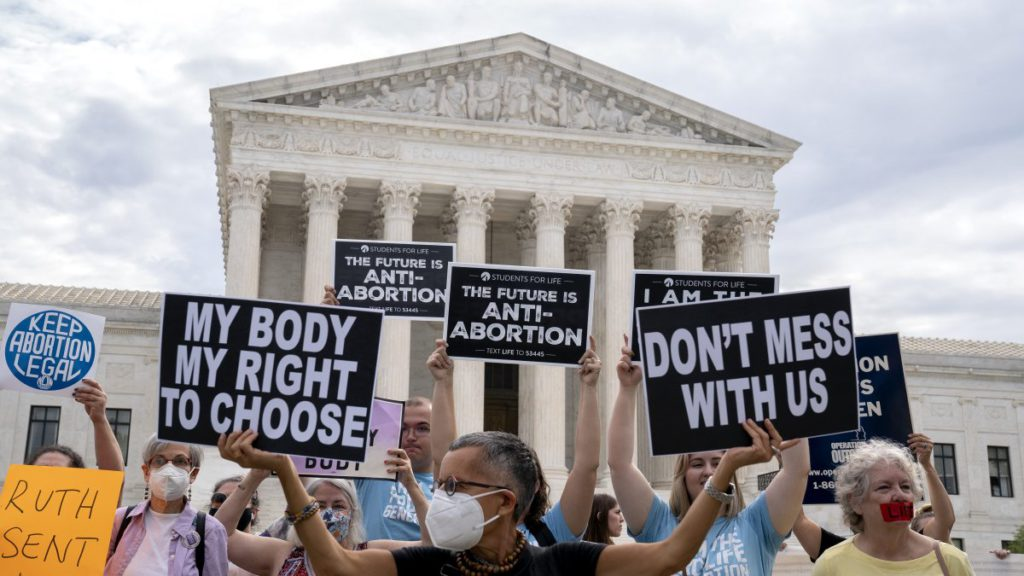 Supreme Court Again Refuses to Block Texas Abortion Law, But Grants Expedited Hearing