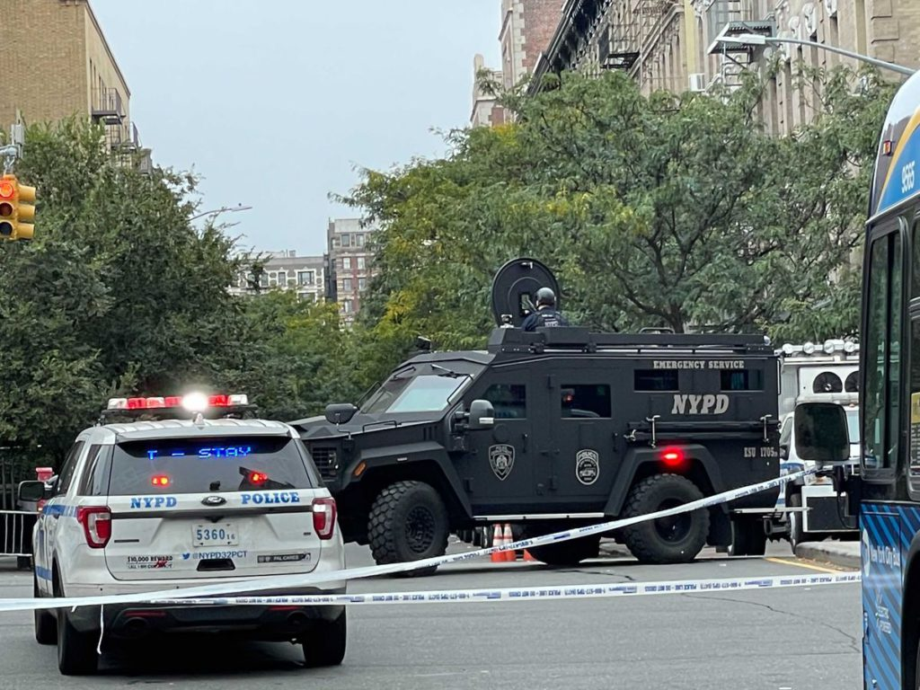 Suspect shoots at NYPD cops then kills himself during standoff in his Harlem apartment